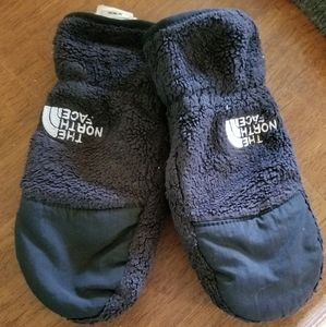 Small northface mittens